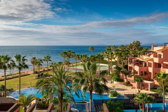 Piso en venta en Estepona, Málaga, Calle Isla Verde, 695.000 €, 3 habitaciones, 2 baños, 155 m2