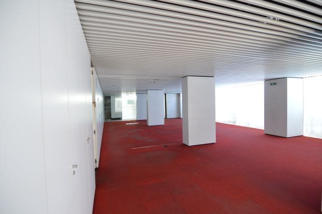 Local en venta en Pamplona/iruña, Navarra, Calle Valtierra, 202.100 €, 222 m2