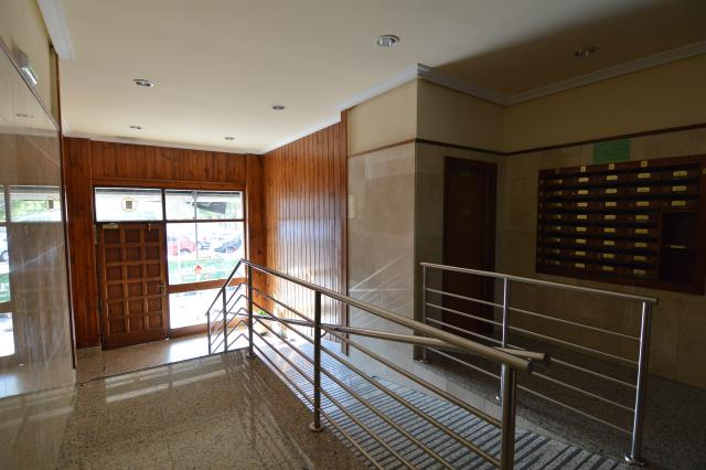 Piso en venta en Santa Lucía / Agustinos, Pamplona/iruña, Navarra, Calle Doctor Huder, 119.000 €, 3 habitaciones, 101 m2