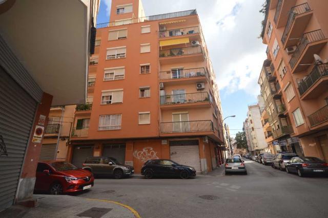Piso en venta en Palma de Mallorca, Baleares, Calle Lluis Marti, 153.000 €, 114 m2