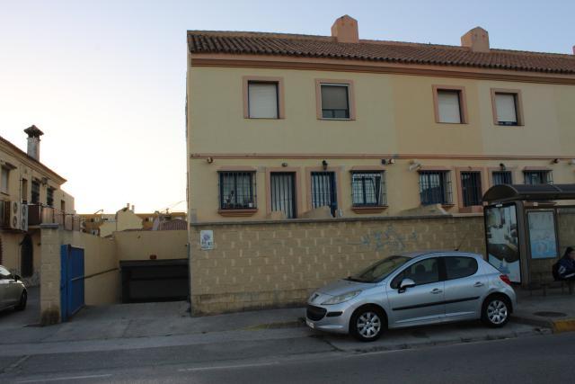 Piso en venta en El Rinconcillo, Algeciras, Cádiz, Calle la Mediana, 120.000 €, 2 habitaciones, 2 baños, 108 m2