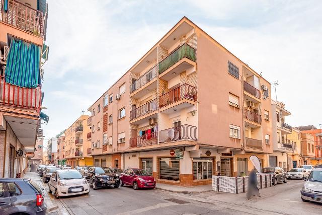 Piso en venta en El Port de Sagunt, Sagunto/sagunt, Valencia, Calle Sepulveda, 87.750 €, 4 habitaciones, 2 baños, 146 m2