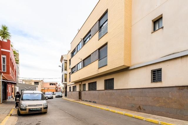 Piso en venta en Burriana, Castellón, Calle El Barranquet, 166.000 €, 5 habitaciones, 2 baños, 293 m2