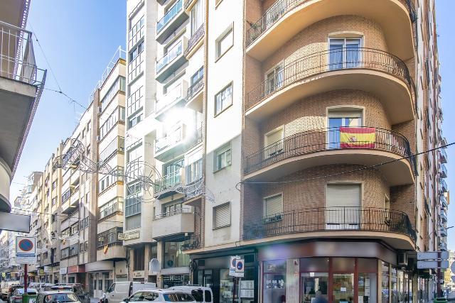 Piso en venta en Albacete, Albacete, Calle San Antonio, 261.000 €, 3 habitaciones, 2 baños, 168 m2