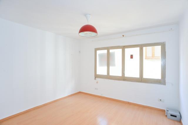 Piso en venta en Blanes, Girona, Calle Hospital, 69.000 €, 1 habitación, 1 baño, 46 m2