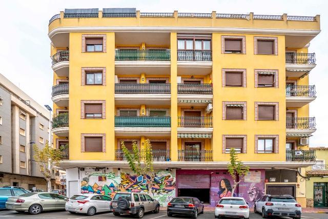 Piso en venta en Torrevieja, Alicante, Calle San Policarpo, 109.000 €, 202 m2