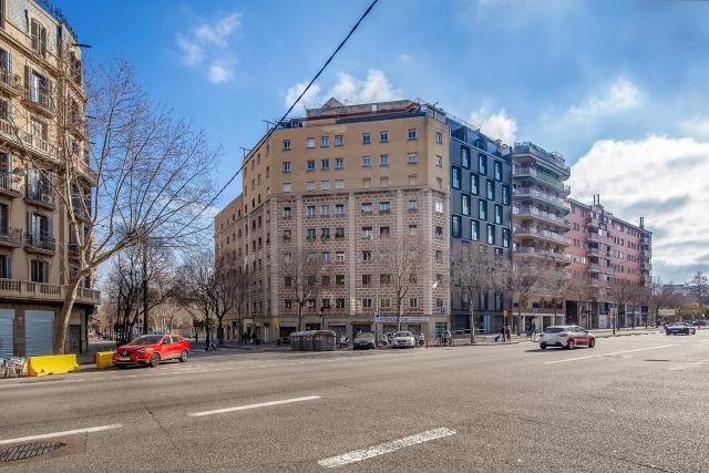 Piso en venta en Sant Martí, Barcelona, Barcelona, Calle Padilla, 239.000 €, 3 habitaciones, 1 baño, 82 m2