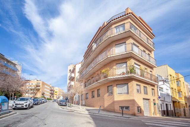 Piso en venta en Mataró, Barcelona, Calle Andalus, 179.000 €, 2 habitaciones, 2 baños, 62 m2