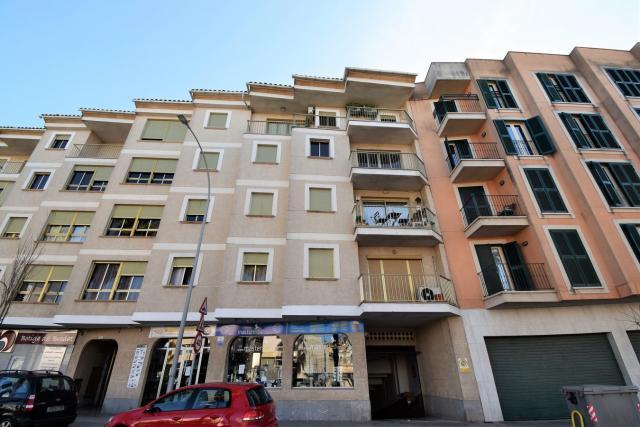 Piso en venta en Manacor, Baleares, Paseo Ferrocarril, 129.000 €, 3 habitaciones, 2 baños, 115 m2