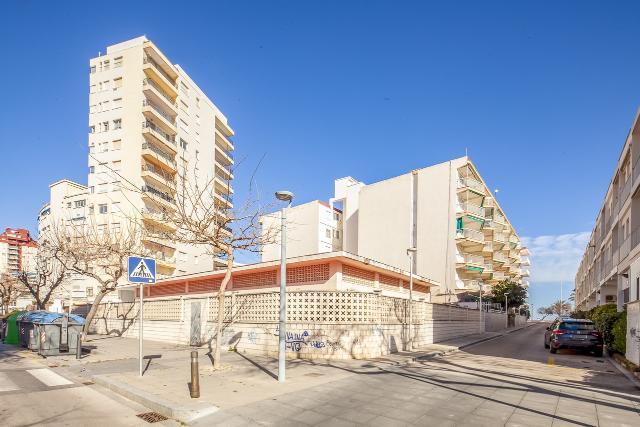 Piso en venta en Gandia, Valencia, Calle Escullera, 115.000 €, 3 habitaciones, 1 baño, 85 m2