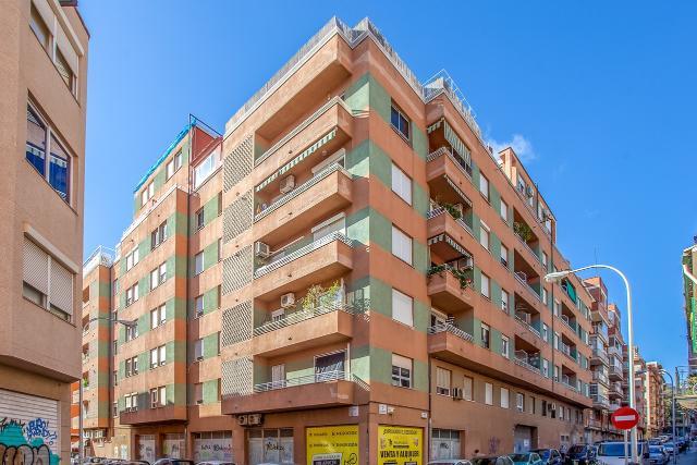 Piso en venta en Palma de Mallorca, Baleares, Calle Femenias, 230.000 €, 3 habitaciones, 1 baño, 117 m2