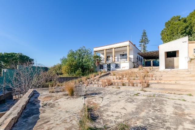 Casa en venta en Chiva, Valencia, Calle San Francisco, 240.000 €, 5 habitaciones, 1 baño, 291 m2