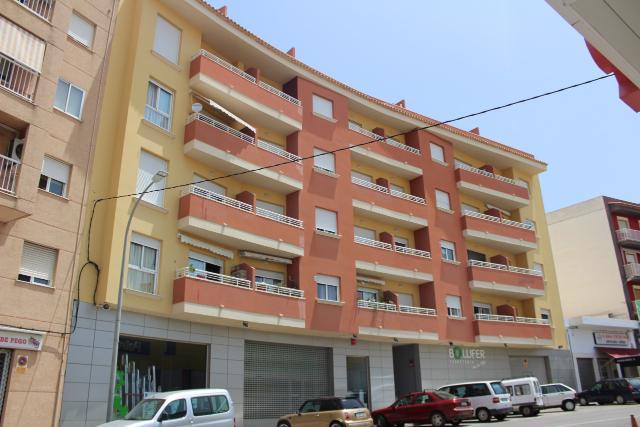 Piso en venta en Pego, Alicante, Avenida de Valencia, 69.800 €, 182 m2