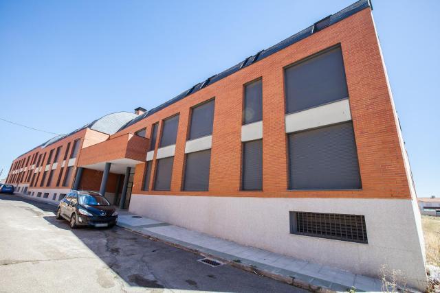 Casa en venta en El Viso de San Juan, Toledo, Calle Gaviota, 83.600 €, 166 m2