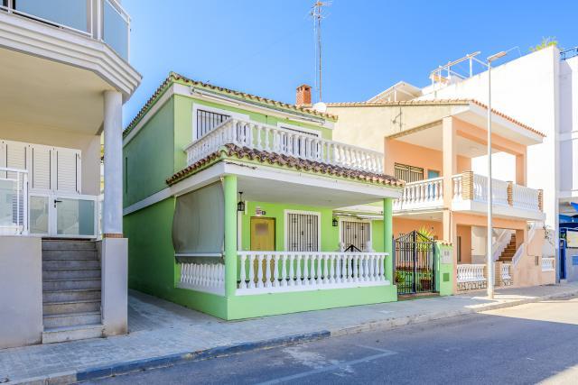 Casa en venta en Playa de Chilches, Chilches/xilxes, Castellón, Calle Magallanes, 243.600 €, 5 habitaciones, 2 baños, 150 m2