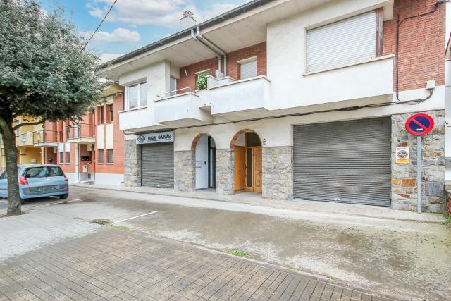 Casa en venta en Taradell, Taradell, Barcelona, Carretera Viladrau, 220.000 €, 4 habitaciones, 3 baños, 240 m2