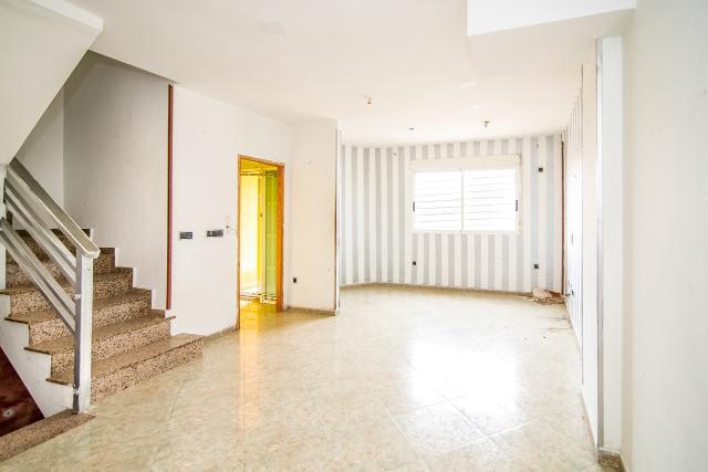 Casa en venta en Roldán, Torre-pacheco, Murcia, Calle Rio Besos, 75.000 €, 4 habitaciones, 3 baños, 177 m2