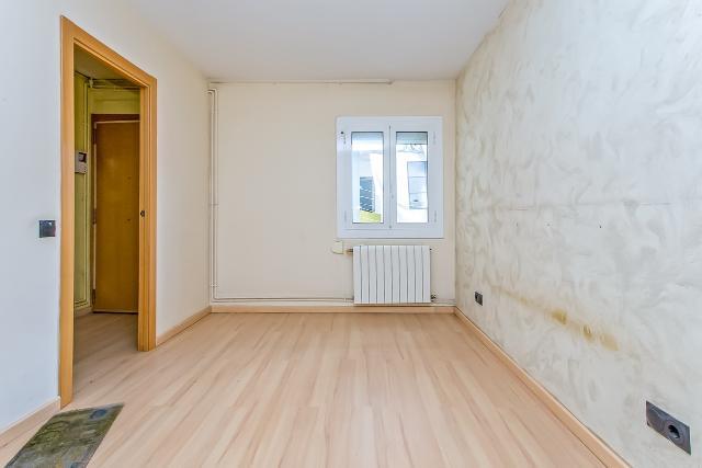 Piso en venta en Santa Maria de Maricel, El Masnou, Barcelona, Calle Italia, 169.400 €, 2 habitaciones, 1 baño, 83 m2