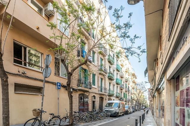 Piso en venta en Gràcia, Barcelona, Barcelona, Calle Joan Blanques, 230.000 €, 3 habitaciones, 1 baño, 77 m2