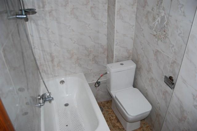 Piso en venta en Talavera de la Reina, Toledo, Calle Francisco Pizarro, 34.000 €, 3 habitaciones, 1 baño, 86 m2