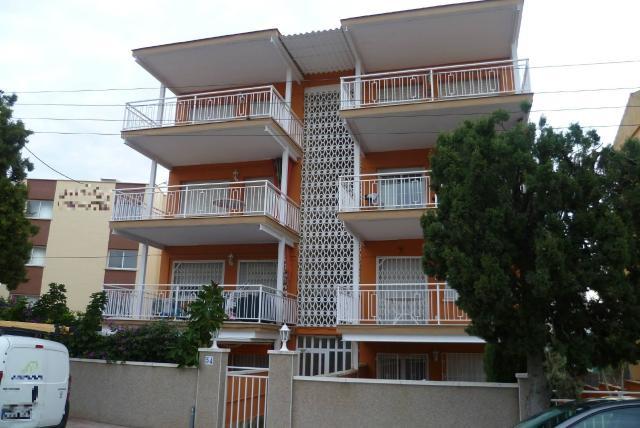 Piso en venta en Cunit, Tarragona, Avenida Mediterrani, 77.500 €, 3 habitaciones, 1 baño, 74 m2