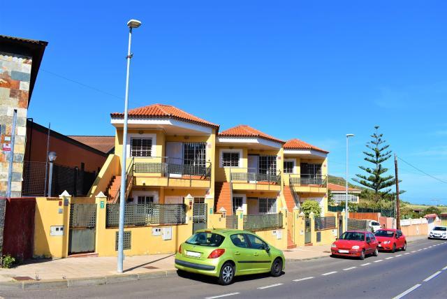 Piso en venta en El Socorro, Tegueste, Santa Cruz de Tenerife, Carretera Portezuelo la Toscas, 105.000 €, 100 m2
