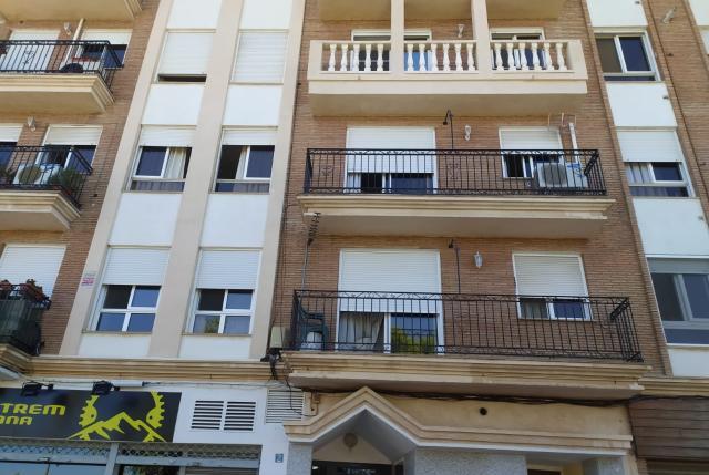 Piso en venta en Poblados Marítimos, Burriana, Castellón, Calle Poeta Calzada, 77.250 €, 4 habitaciones, 122 m2