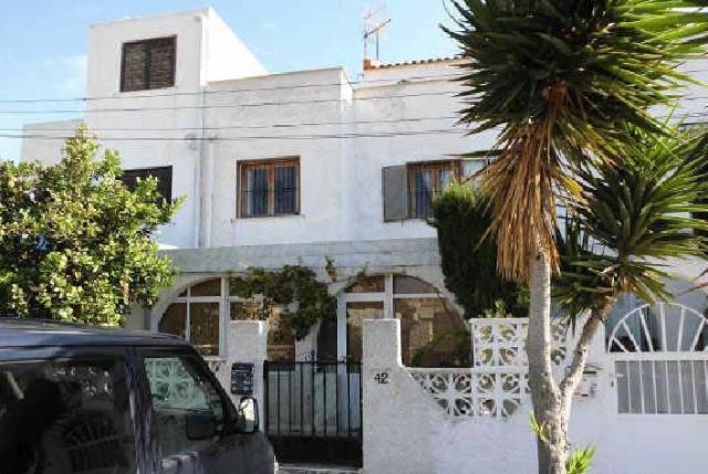 Casa en venta en Torrevieja, Alicante, Calle Lisboa, 78.000 €, 2 habitaciones, 2 baños, 59 m2