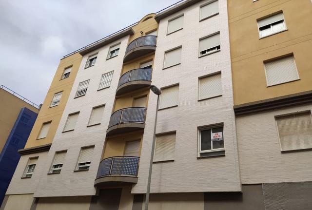 Piso en venta en Cartagena, Murcia, Calle Garellano, 125.000 €, 106 m2