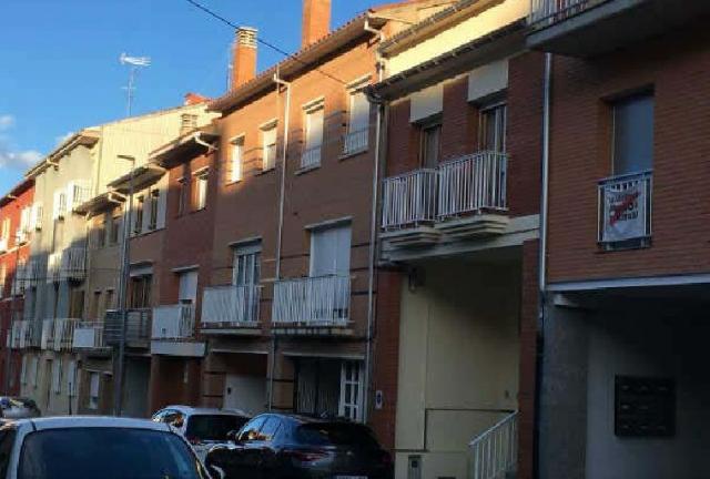 Piso en venta en Berga, Barcelona, Calle Santa Bárbara, 136.800 €, 4 habitaciones, 2 baños, 138 m2