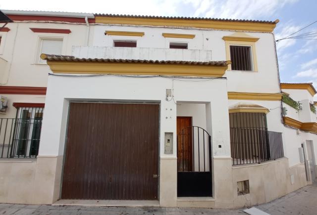 Casa en venta en Aguadulce, Sevilla, Calle Cordoba, 62.000 €, 3 habitaciones, 3 baños, 141 m2