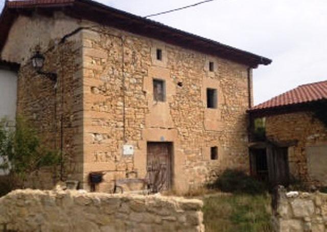 Casa en venta en Villamaderne, Valdegovía/gaubea, Álava, Calle Real, 37.100 €, 2 habitaciones, 1 baño, 357,08 m2