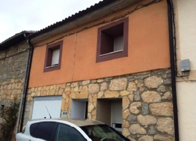 Casa en venta en Santa María Rivarredonda, Burgos, Burgos, Plaza Santa Teresa, 57.000 €, 3 habitaciones, 1 baño, 192 m2