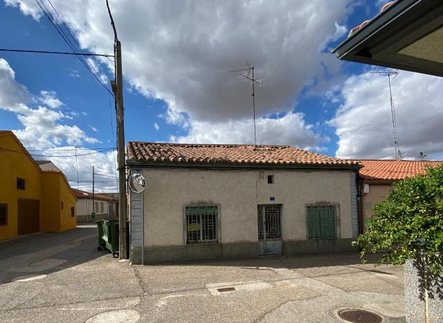 Casa en venta en Campo de Peñaranda (el), Salamanca, Calle Larga, 40.000 €, 4 habitaciones, 1 baño, 194 m2