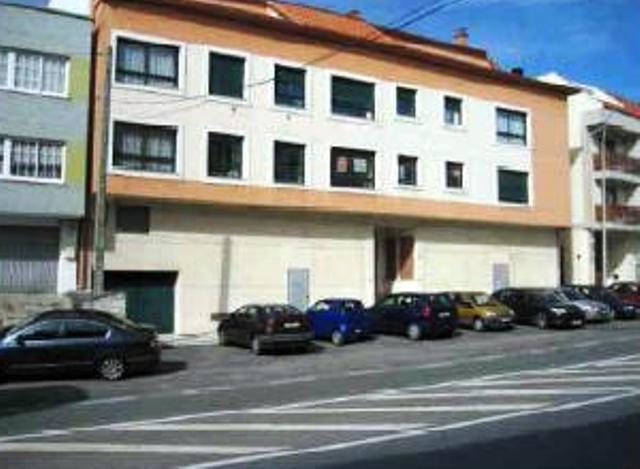 Local en venta en Arteixo, A Coruña, Avenida Alcalde Manuel Platas Varela, 95.800 €, 213 m2