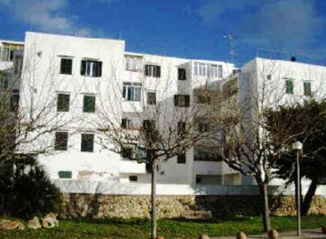 Piso en venta en Ciutadella de Menorca, Baleares, Pasaje Sindicat, 99.000 €, 2 habitaciones, 1 baño, 77 m2