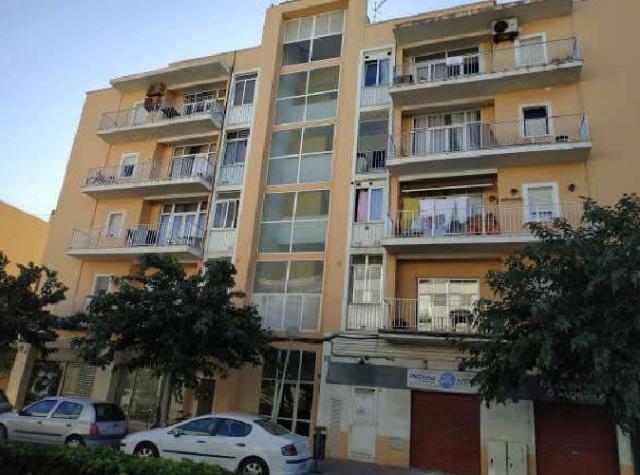Piso en venta en Ciutadella de Menorca, Baleares, Avenida Palma de Mallorca, 118.800 €, 3 habitaciones, 1 baño, 93 m2