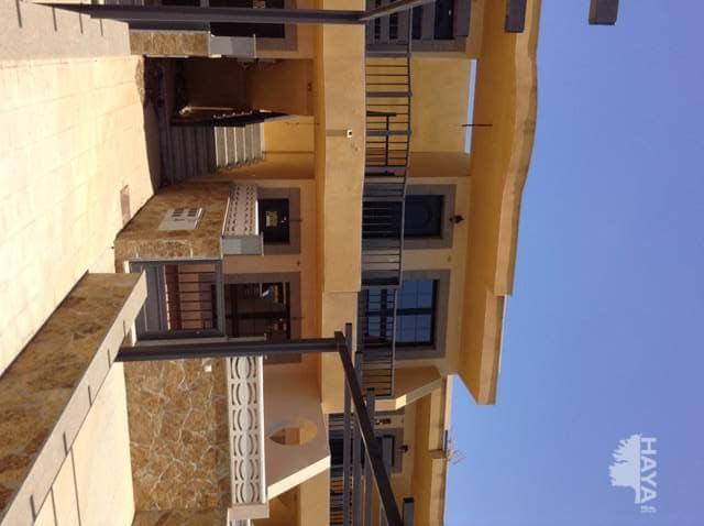 Piso en venta en Valles de Ortega, Antigua, Las Palmas, Calle Isla de Lobos, 84.000 €, 3 habitaciones, 1 baño, 77 m2