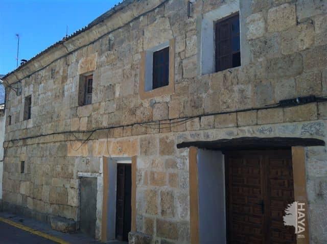 Casa en venta en Castroverde de Cerrato, Castroverde de Cerrato, Valladolid, Calle Mayor, 27.000 €, 2 habitaciones, 2 baños, 185 m2