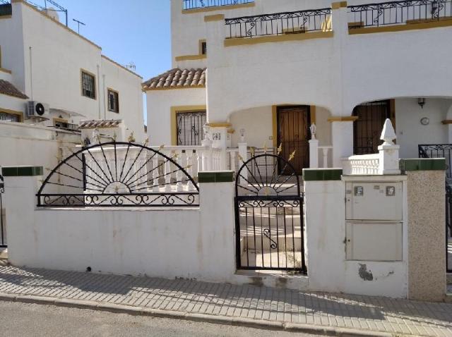 Casa en venta en Orihuela, Alicante, Calle Lagunas de Riudera, 88.500 €, 83 m2