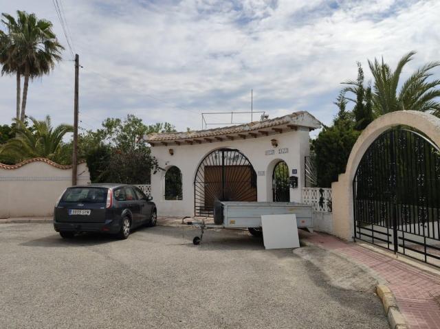 Casa en venta en Ciudad Quesada, Rojales, Alicante, Calle Mimosas, 290.000 €, 4 habitaciones, 2 baños, 167 m2