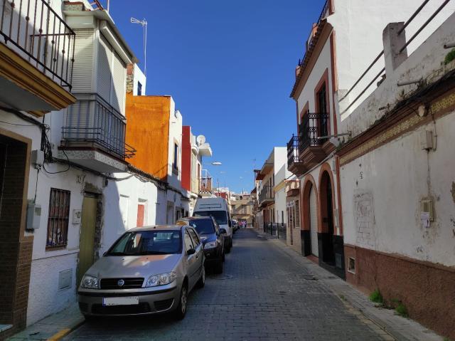 Casa en venta en Sevilla, Sevilla, Calle Virgen de la Saletta, 40.000 €, 2 habitaciones, 2 baños, 52 m2