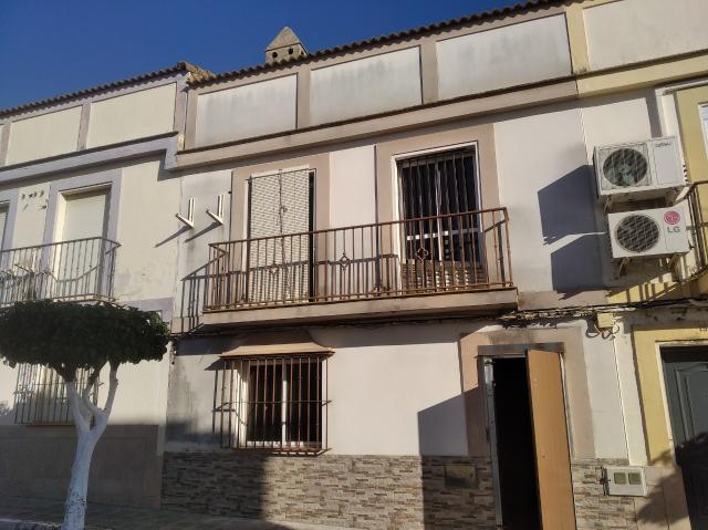 Casa en venta en Barriada Loreto, Villanueva del Ariscal, Sevilla, Calle Nueva, 95.000 €, 3 habitaciones, 2 baños, 110 m2