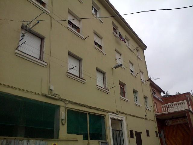 Piso en venta en Barreda, Torrelavega, Cantabria, Avenida de Solvay, 45.000 €, 3 habitaciones, 1 baño, 65 m2