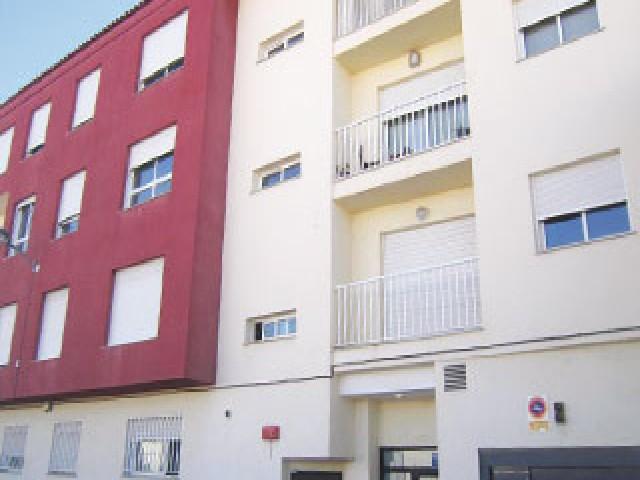 Piso en venta en Grupo del Perpetuo Socorro, Castellnovo, Castellón, Avenida Villarreal, 51.000 €, 1 habitación, 2 baños, 84 m2