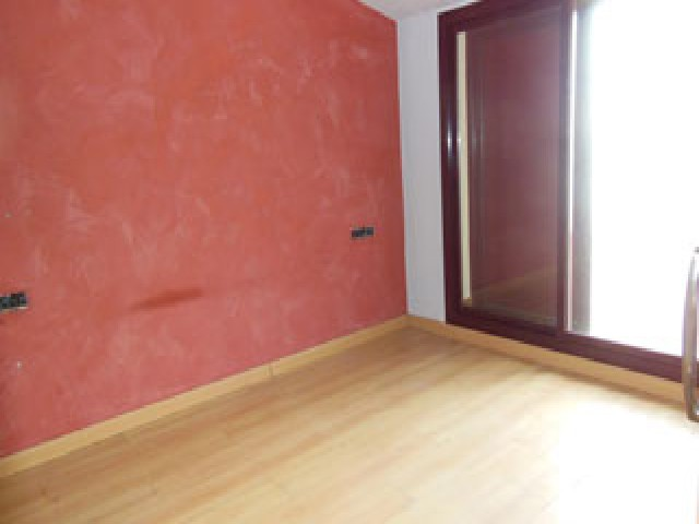 Piso en venta en Creu de Conill, Terrassa, Barcelona, Calle Ramón Y Cajal, 204.200 €, 1 habitación, 1 baño, 87 m2