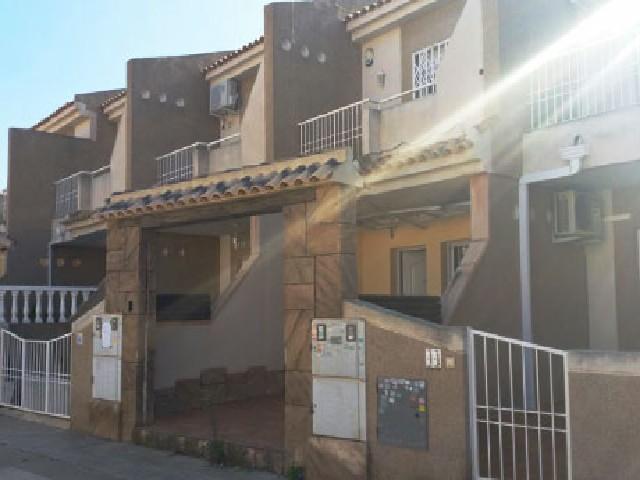 Casa en venta en Torrevieja, Alicante, Avenida del Sur, 138.100 €, 3 habitaciones, 2 baños, 68 m2