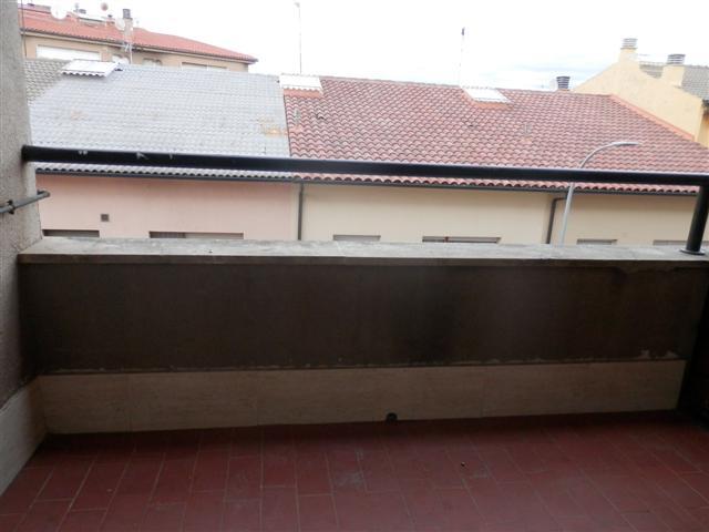 Piso en venta en Manlleu, Barcelona, Calle Puig Agut, 78.000 €, 3 habitaciones, 1 baño, 93 m2