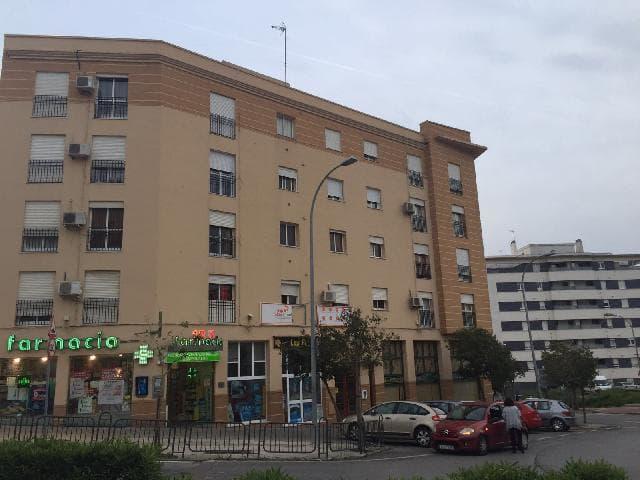 Piso en venta en Algeciras, Cádiz, Avenida del Carmen, 65.000 €, 1 habitación, 1 baño, 58 m2
