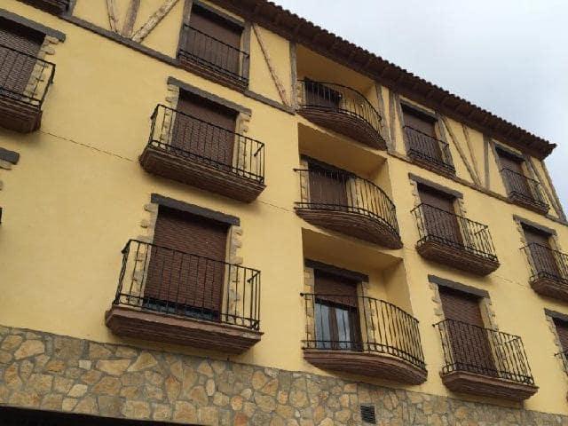 Piso en venta en Camarena de la Sierra, Teruel, Calle San Mateo, 50.200 €, 2 habitaciones, 1 baño, 76 m2